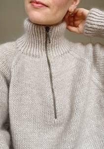 Bilde av PetiteKnit Zipper sweater - Garnpakke